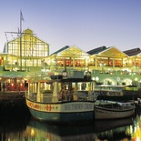 The V&A Waterfront at night
